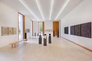 KUNST    Haus 2226: Blick in die Ausstellung (© Petra Rainer)